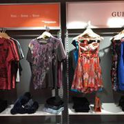 Branded apparel store in paschim vihar, branded clothes in west delhi, i