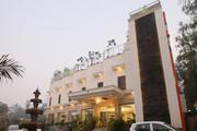 Get Hotel Taj Resorts, Agra