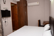 Studio Service Apartment Near Max Saket
