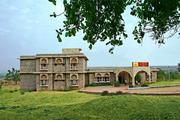 Get Hotel Tana Bana - MPTDC  in Chanderi with Class Accommodation.