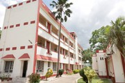 Get Shantiniketan Tourist Lodge (WBTDC) in, Birbhun with Class Accommod