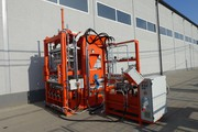Block machine for the production of paving slabs,  curbs R300