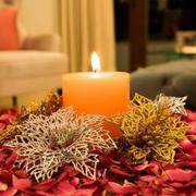 Buy Scented Candles for a flickering yet aromatic delight