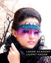 Best Makeup Classes near me | Lakme Academy Lajpat Nagar