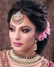 Best hair and makeup courses in Delhi